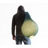 Ариэль Цукерман и его вязанные лампы в виде кокона