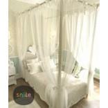 Воздушная детская кровать с балдахином