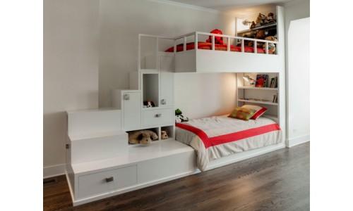 Детская двухъярусная кровать со шкафчиками