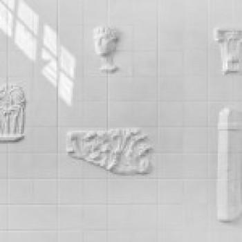 Storywall Стена Истории с античными вкраплениями