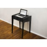 Стол для ноутбука с акустикой