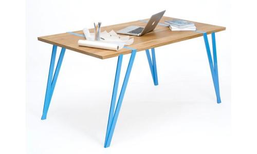Легкий компьютерный стол