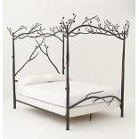 Под пологом леса; кровать навеянная природой