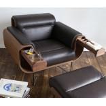 Кресло курильщика сигар — всё необходимое под рукой