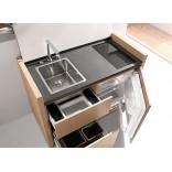 Компактная кухня и рабочий стол