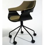 Офисное кресло от Itoki Design