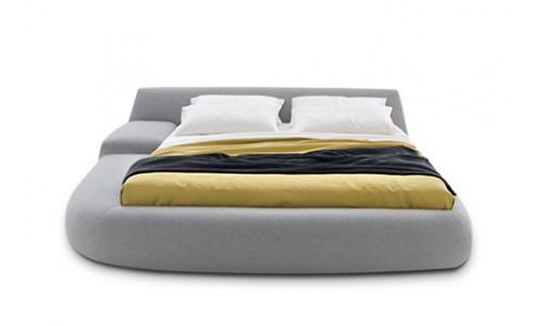 Асимметричные кровати итальянского производства