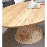 Круглый столик со световым шоу
