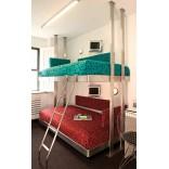 Оригинальные кровати на каркасе из нержавеющей стали от Neo-Metro