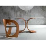 Модный и современный обеденный стол