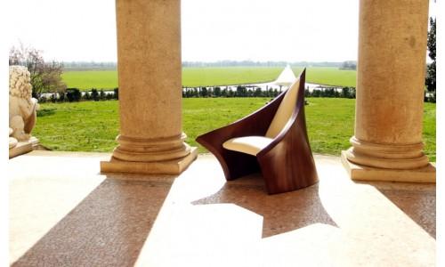 Магическое волшебное средневековое кресло от Massimo