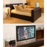 Кровать со стойкой для телевизора