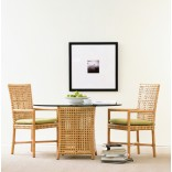 Простая и лаконичная обеденная мебель