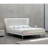 Широкие современные кровати от MD House
