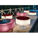 Освещенная мебель для патио от студии Modoluce