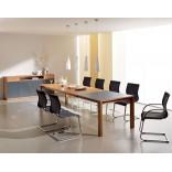 Обеденный стол с регулируемым размером