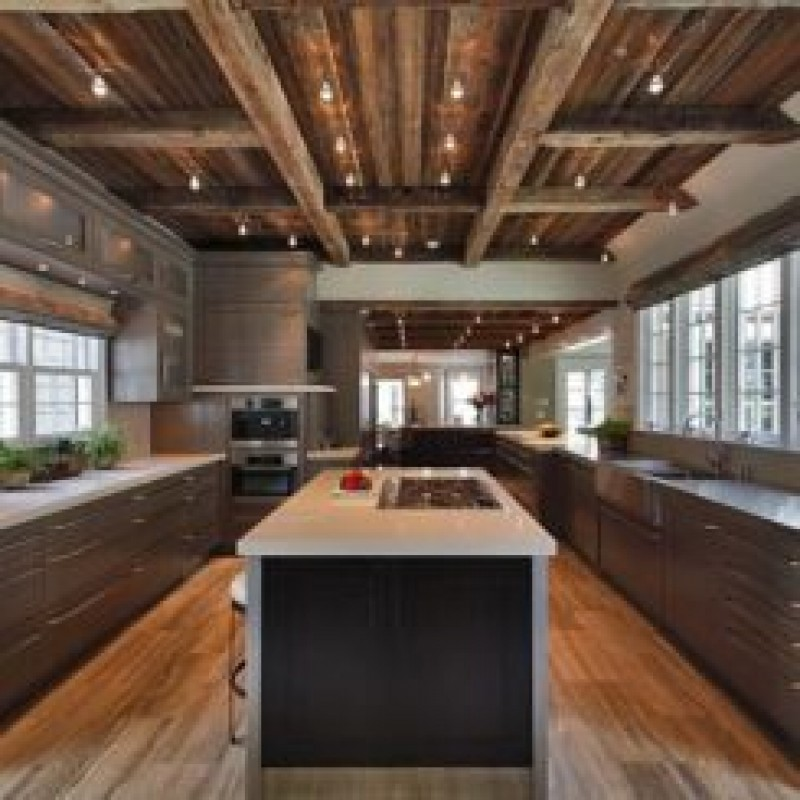 Rustic modern kitchen