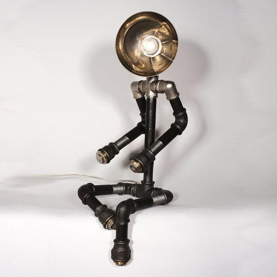 светильники для водопроводной трубы, человеческие фигуры 1 23 Awesome Plipeing Pipe Furniture Designs