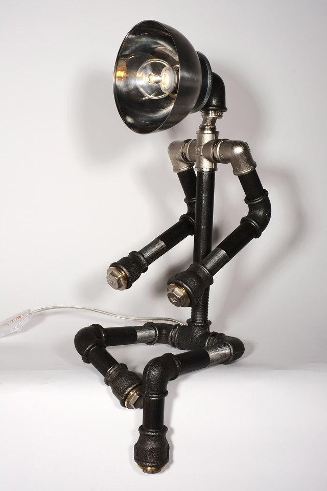 светильники для водопроводной трубы, человеческие фигуры 1a 23 Awesome Plipeing Pipe Furniture Designs