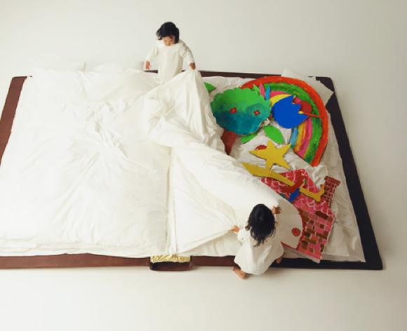 Детская кровать на полу, японский дизайн