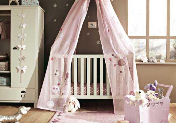Пример интерьера детской комнаты для детей младшего возраста