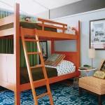 Большая 2-ярусная кровать из массива дерева